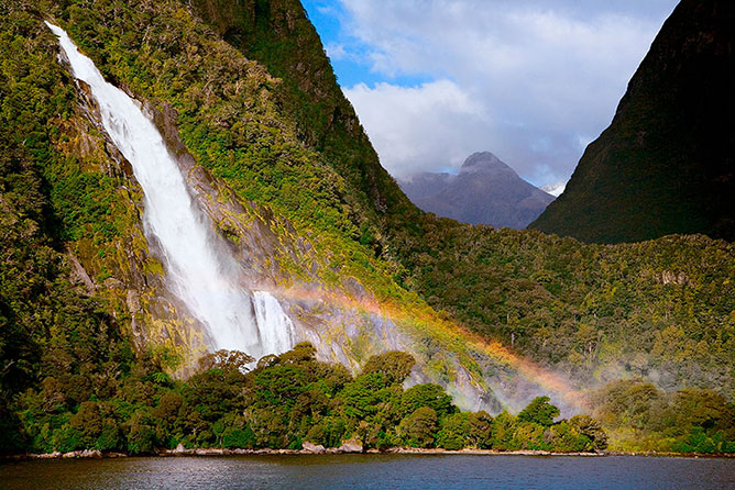 Lady Bowen Falls, Milford Sound New Zealand